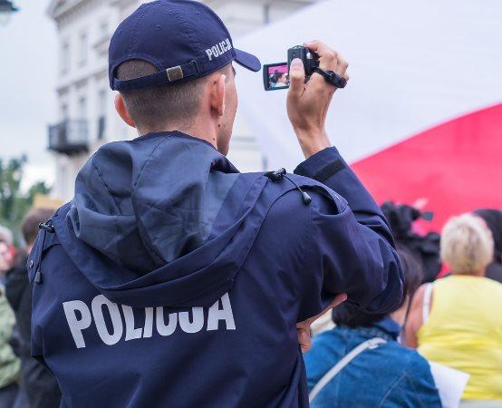 Policja Ostrowiec Świętokrzyski: Nielegalny tytoń i papierosy w rękach ostrowieckich policjantów